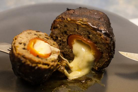 BBQ – Armadillo Eggs