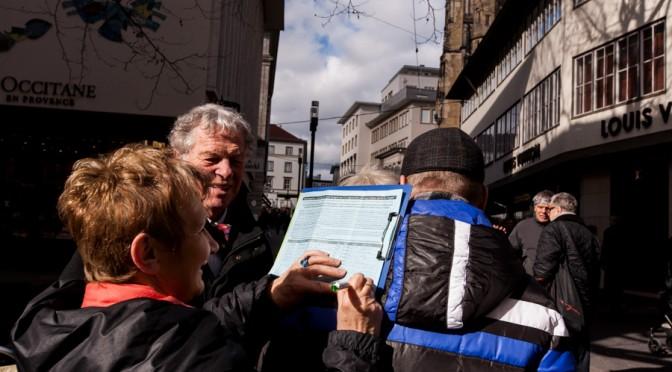 Unterschriften gegen Stuttgart 21