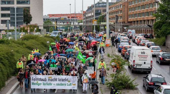 Demonstration gegen die Feinstaubproblematik