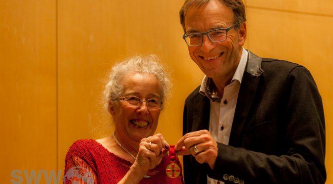 Verdienstmedaille an Heidi-Rose Malzacher