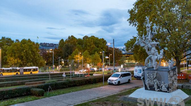 """Ein Lenkmal als Straßenbegleitkunst: Der Schwäbische Laokoon am Charlotten""""Platz"""""""